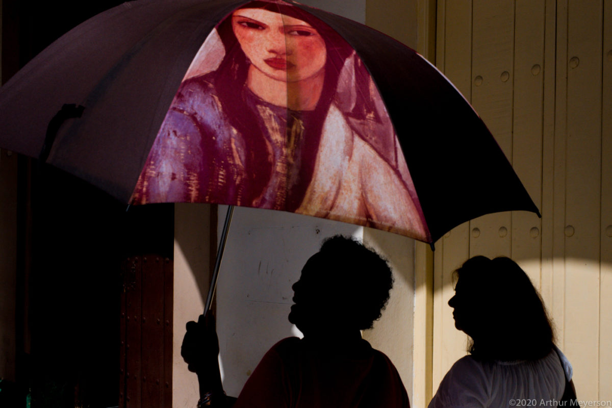 Umbrella and 2 Silhouettes