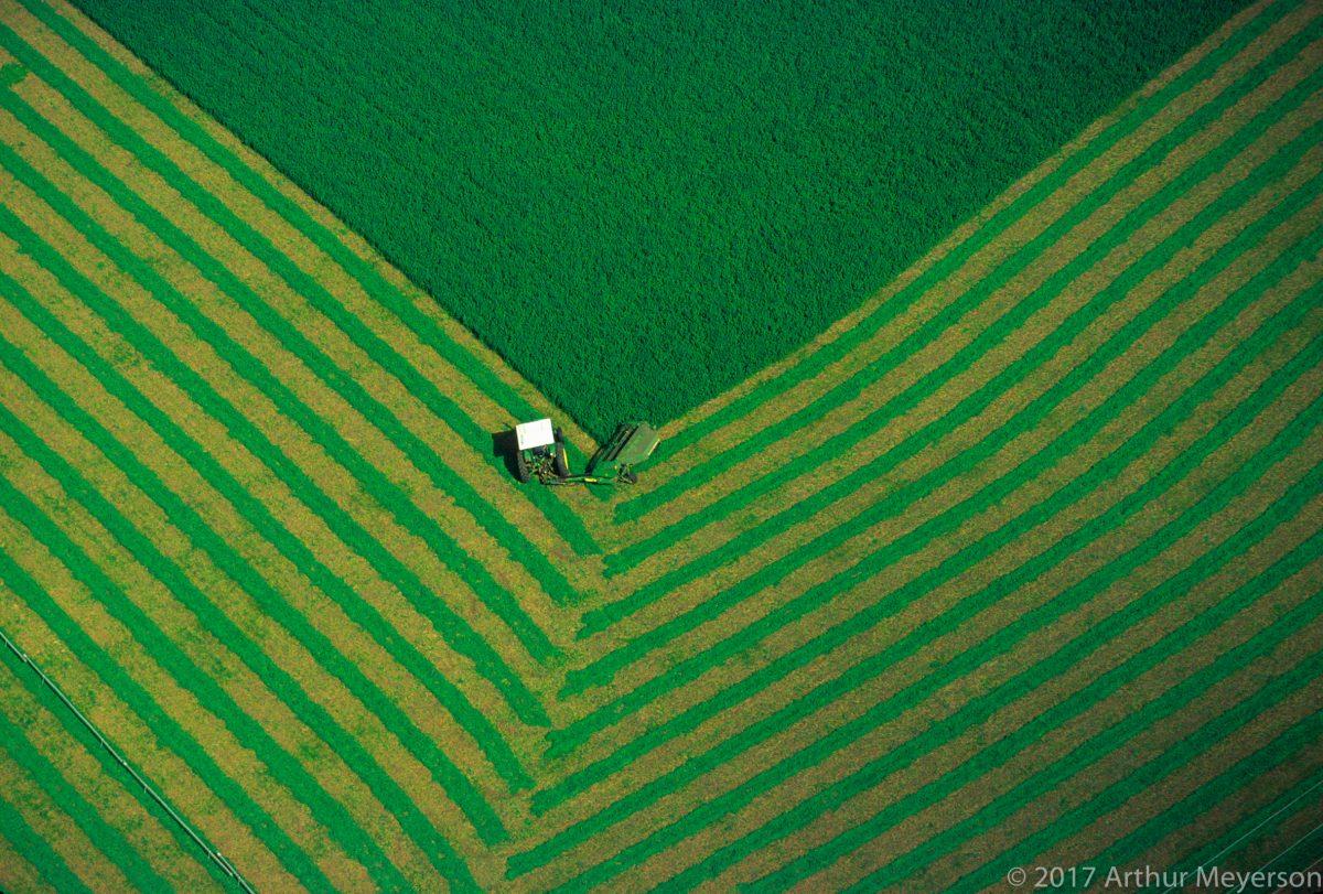 Tractor, Australia, 1995