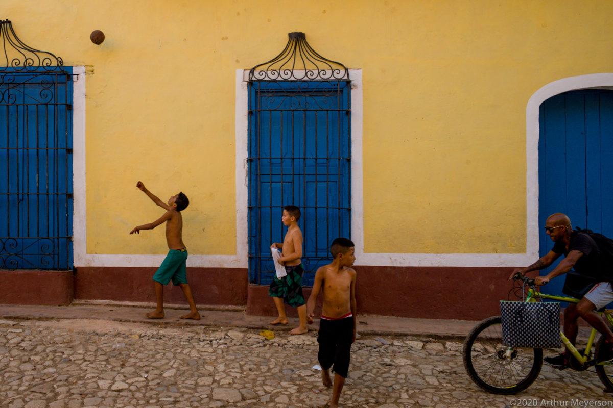 Street Shot, Trinidad